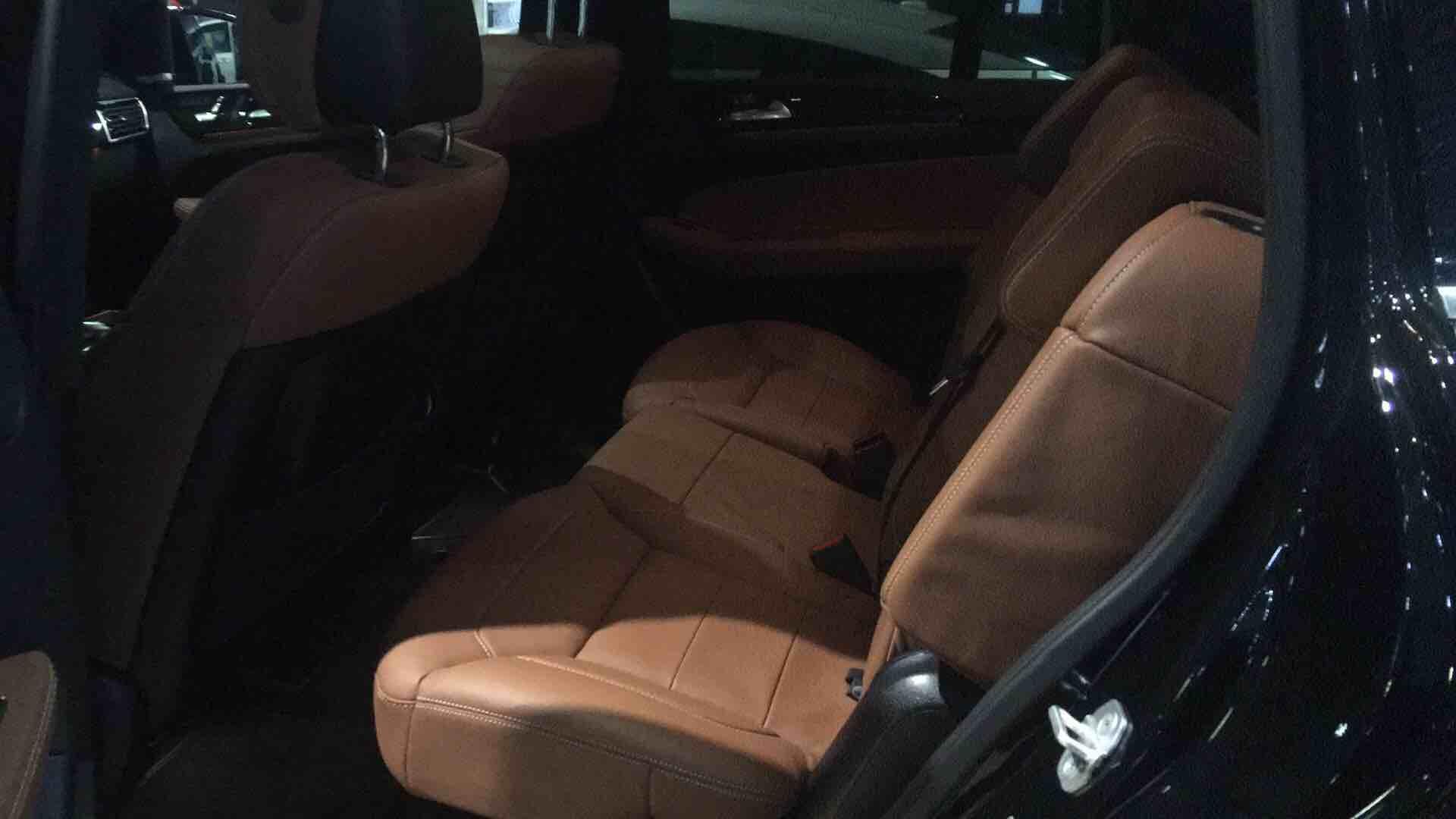 奔驰GLS450 18款 奔驰GLS级 GLS450 AMG运动包加规
