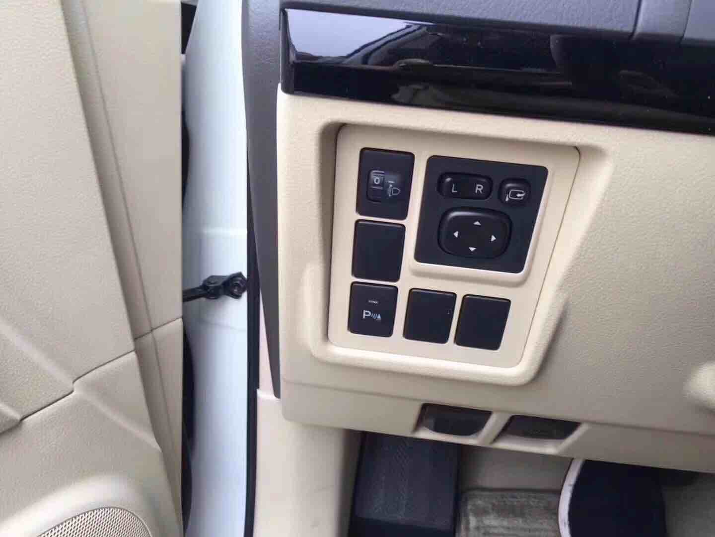 霸道2700 17款 2.7L 自动 TX 铝轮圈中东