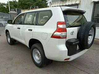 霸道3000 17款 3.0T 柴油 自动 TX中东