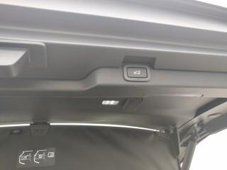 发现五 17款 2.0T TD4 柴油 S 5座欧规