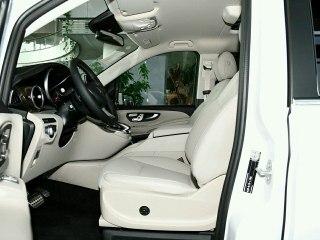 奔驰V级 奔驰V260L 18款尊贵加长版 合资