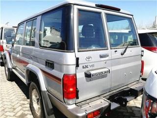 酷路泽70系列 17款 LC76 4.5L 柴油 LX中东