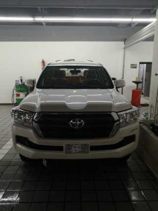 酷路泽4000 19款 4.0 钢轮 冰箱 电座丐版中东