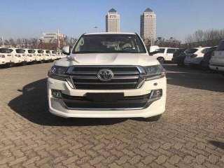 酷路泽4000 19款 4.0L GX-R GT 八气 丝绒 后娱 中东
