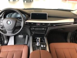 宝马X5 18款 xDrive35i 基本型 大屏 中东