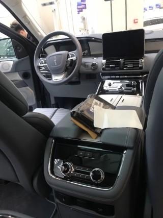 领航员 18款 3.5T 四驱 长轴 Black Label 限量版 美规