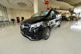 奔驰V级 18款 V250 2.0T 汽油 Exclusive 5.37米中东
