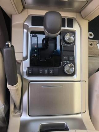 酷路澤5700 19款 5.7L VX-R 12氣囊 無底升 中東