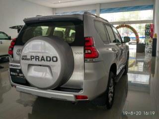 霸道4000 18款 4.0L VXR 迪拜版
