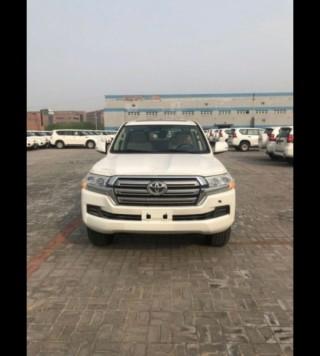 霸道4000  19款 4.0L GX-R 迪拜版