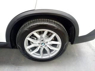 宝马X5  20款 xDrive40i Executive标准型 墨规