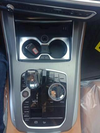 寶馬X5  19款 xDrive40i 標準 19輪 中東