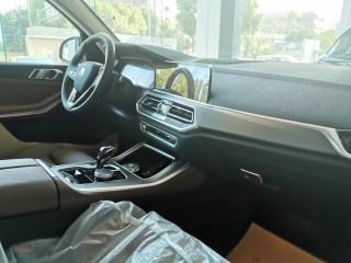 宝马X5  19款 xDrive40i 基本型 欧规
