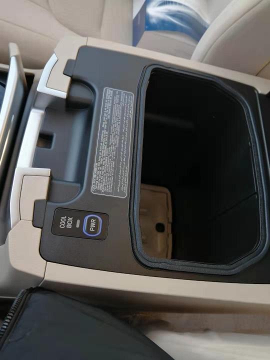 酷路泽4000  20款 4.0L 铁轮 冰箱 电座 中东