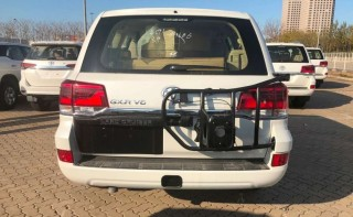 酷路泽4000  20款 4.0L GX-R 八气 外挂 17轮 无绞盘 中东